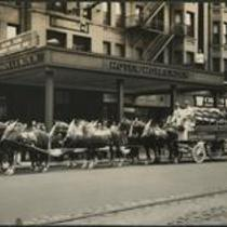 Leisy Brewing Co. team of horses in front of Hotel Hollenden