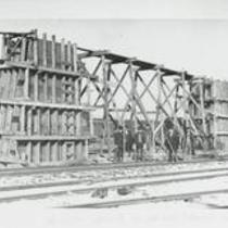 Clark Ave at B&O Ry 1910s