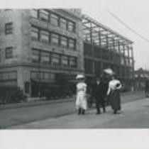 Euclid Ave near E 13th 1910s